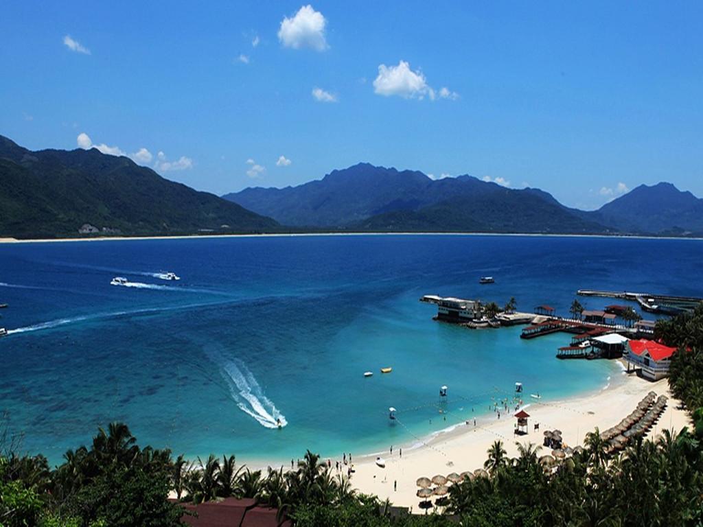 海南海口+兴隆+三亚双飞6日跟团游-海口魅力海洋