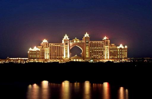 【暑期】【私家团】阿联酋4晚7日游(EK303+5566星+2人起订,一单一团+含冲沙+登塔+阿玛尼餐)