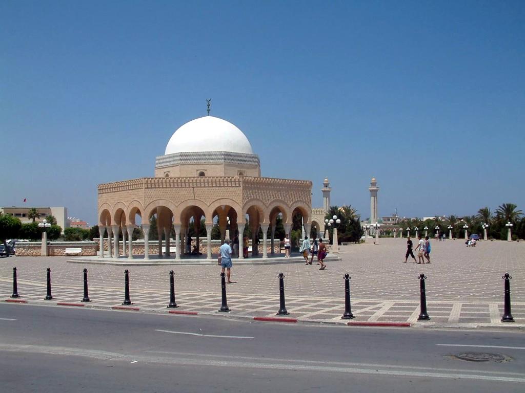【暑期】摩洛哥突尼斯12晚15日北非迷情之旅(五星航空+四大皇城+舍夫沙万+哈马马特+蓝白小镇+撒哈拉沙漠)