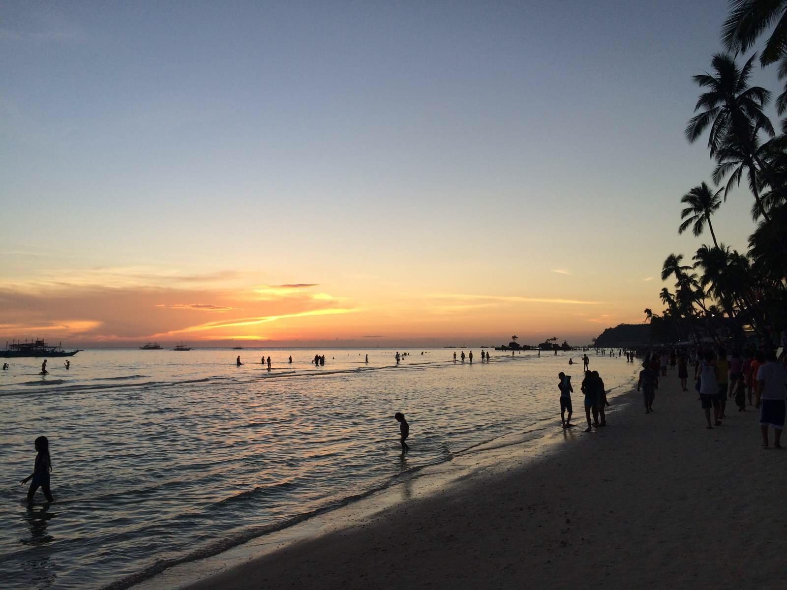 长滩岛4晚6日游(5J或PR直飞,含接送,海边酒店天堂花园或同级 赠送沙滩岛览)
