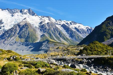 纯净新西兰南北岛8晚11天(纯玩+精选五星新西兰航空+雪山飞机+怀托摩萤火虫洞+霍比特人村入内参观+库克山)