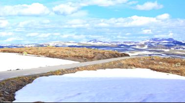 【早定立减】挪威+冰岛14日12晚20人团(SK/冰川徒步+出海观鲸/三峡湾/布道石/探秘黄金圈/Flam高山火车/索道/蓝湖米湖/峡湾游船)