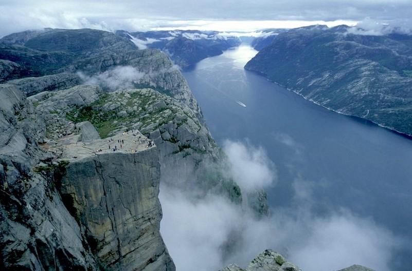 冰岛南部全景—挪威三峡湾+布道台10晚12日(一价全含+精致小团+冰川徒步+杰古沙龙胡+出海观鲸+松恩峡湾火车&游船)