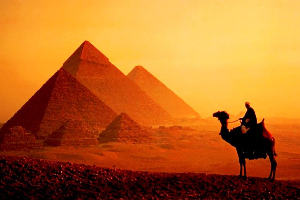 埃及+迪拜10天(EY香港直飞+全程国际五星酒店+沙漠冲沙+品质团+不进购物店)