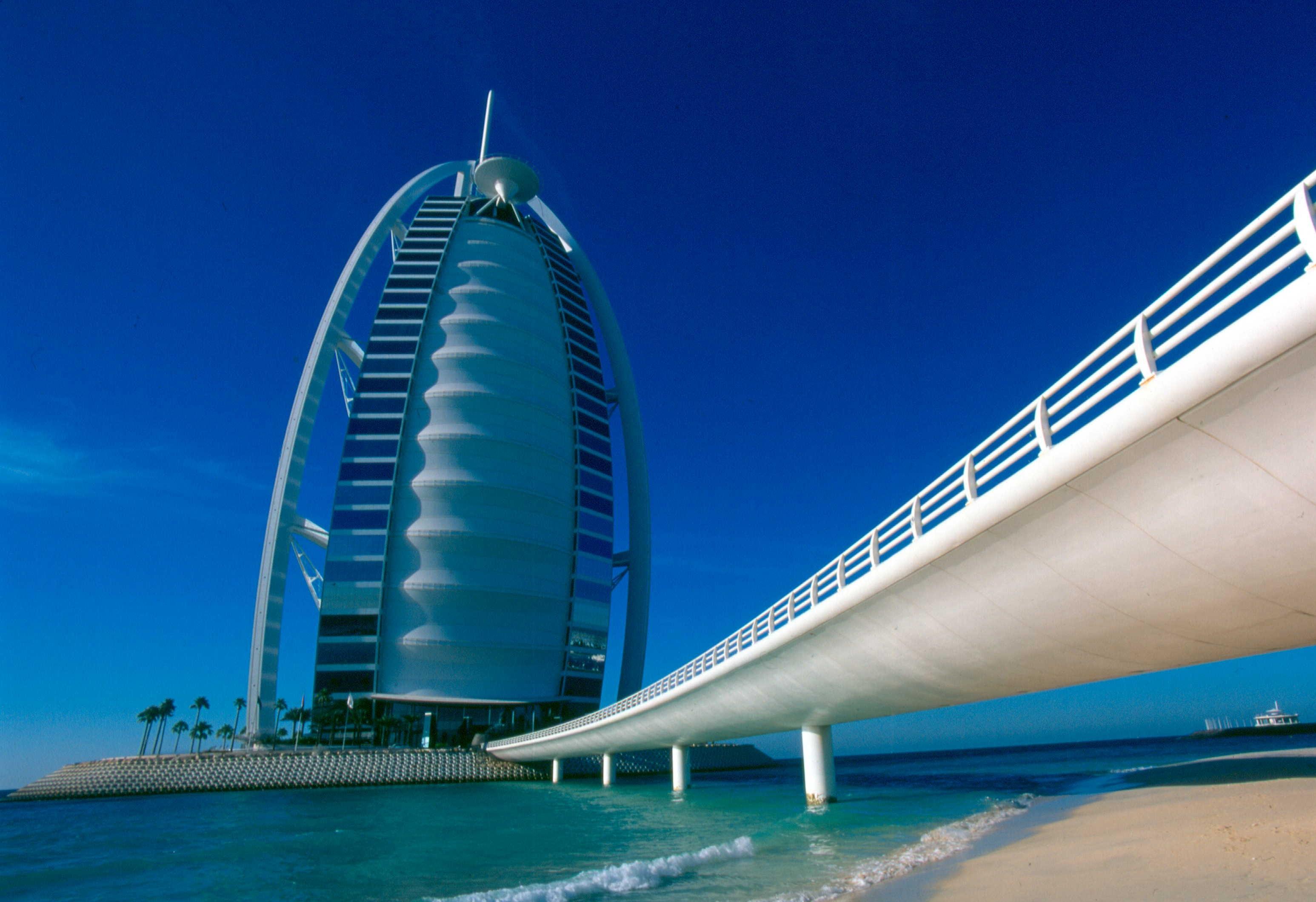 【暑期】迪拜+马尔代夫6晚9天自由行(上海直飞,入住迪拜2晚+4晚马尔代夫酒店,库拉马堤岛或指定岛屿,任君选择,含早)