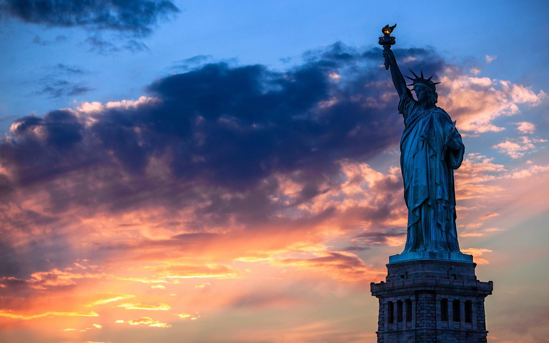 【2人立减800/单】美国东西海岸+两大公园10晚12日(直飞,4大名城、锡安公园,布莱斯峡谷,羚羊谷马蹄湾,自由女神游船,奥特莱斯、送保险)