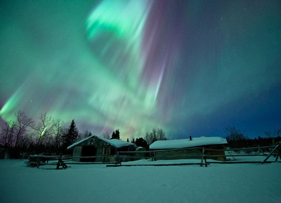 加拿大西岸+白馬夢幻極光10天(15人小團、直飛、溫哥華、格蘭維爾島、維多利亞、惠斯勒、海天纜車、2特色餐、全程網評四鉆酒店、三晚白馬)