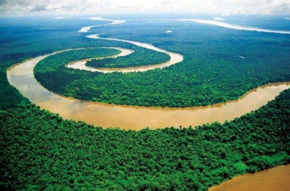 巴西+阿根廷+乌拉圭经典15日(巴西亚马逊雨林?伊瓜苏瀑布国家公园?阿根廷大冰川?火地岛?乌拉圭科洛尼亚)