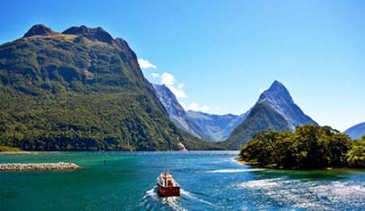 【精品小团】新西兰11天,4人起小团,解锁不得不玩的8大梦幻体验,体验不得不住的野奢酒店,直升机看冰川,峡湾游轮,高山列车,原始森林,天空餐厅等