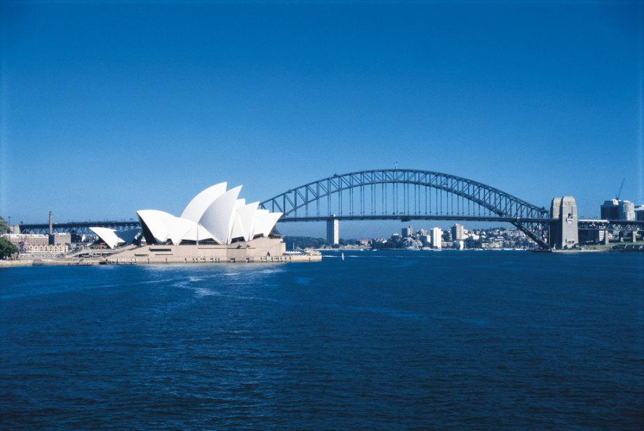 纯玩·澳大利亚10天8晚(直升机、大洋路+有轨电车、蓝山、雨林小镇、大堡礁、双学府、酒庄品酒6款、歌剧院、达令港游船、升2晚5钻酒店、含WIF)