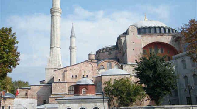 迪拜土耳其埃及20天(EK+材料便捷+全程五星+伊斯坦布尔+卡帕多奇亚+红海连住+充分自由活动时间+体验当地特色餐)